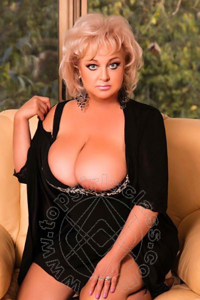 Monica Louis  FIRENZE 3895547894